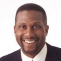 Tavis Smiley Gives Back to His Alma Mater
